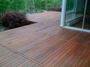 Ipe deck stain 300x225 FSC® Certified Tropical Hardwood Ipe Decking