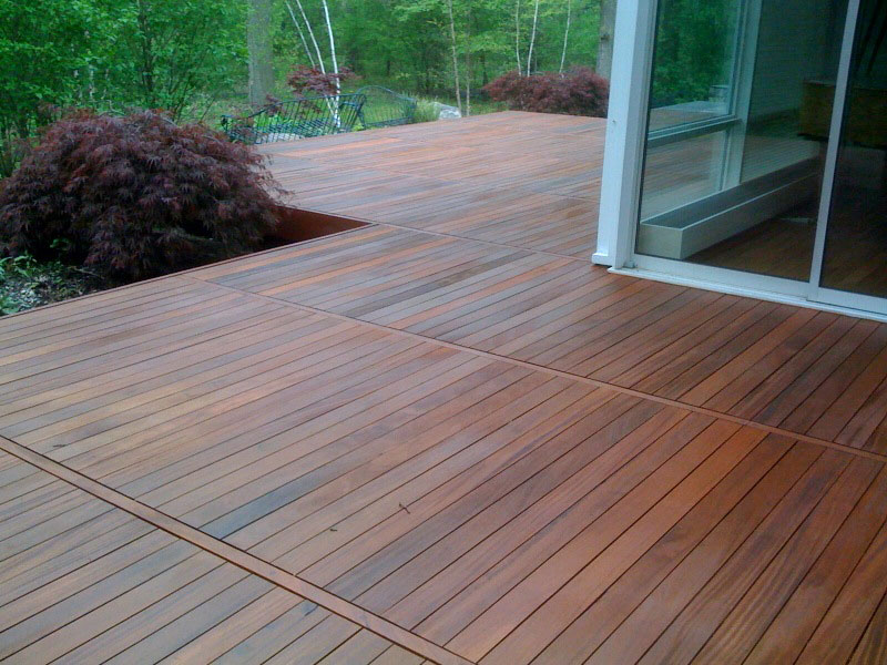 Fsc certified ipe decking altruwood for Ipe decking vs trex